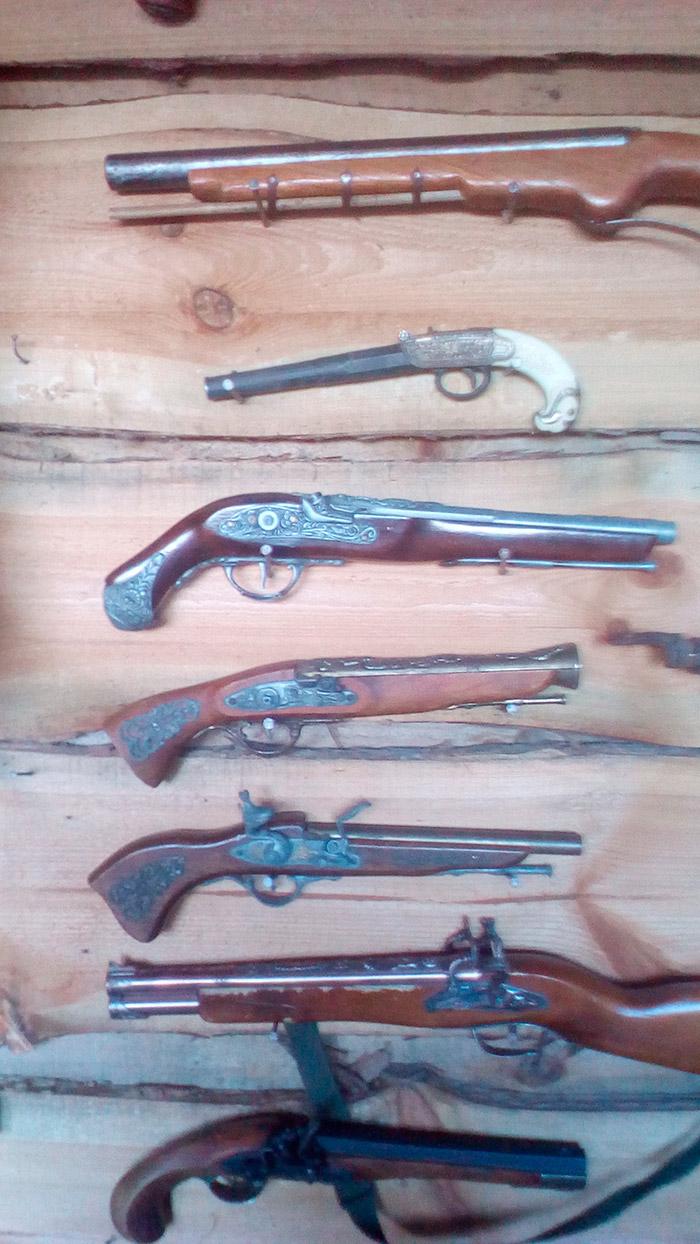 Козацькі пістолі