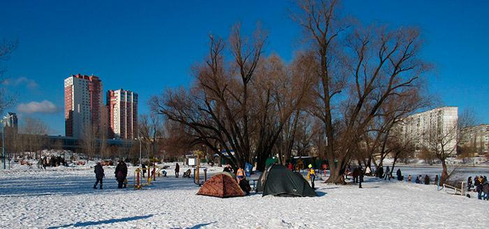Палатки для зігрівання людей