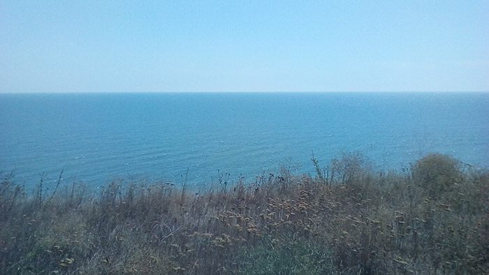 Приємний блиск морської води на сонці