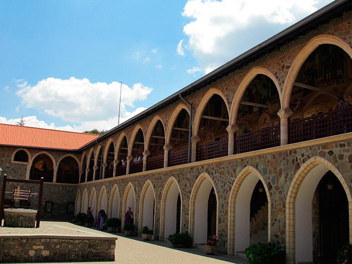 Архітектурні рішення монастиря