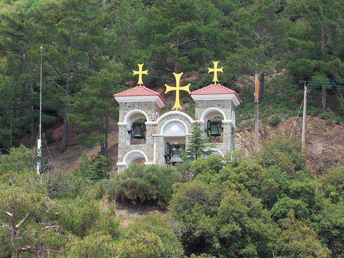 Дзвіниця Кіккського монастиря