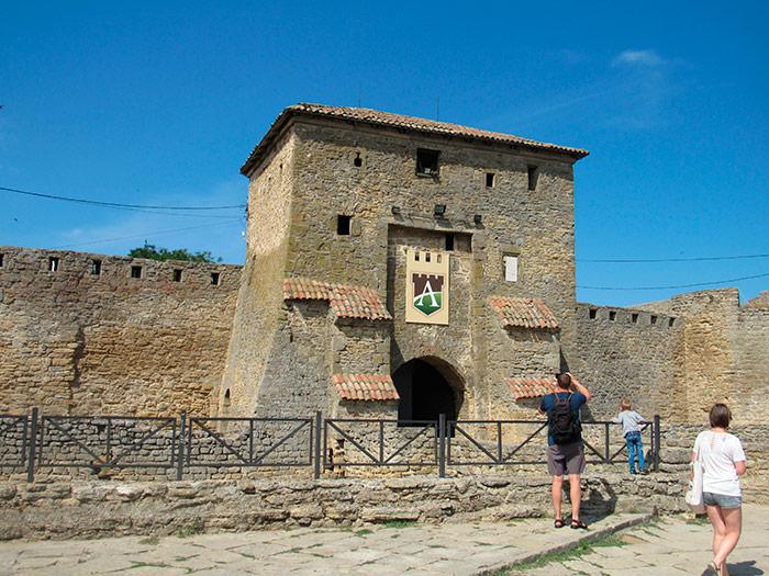 Башта над головними (Кілійськими) воротами