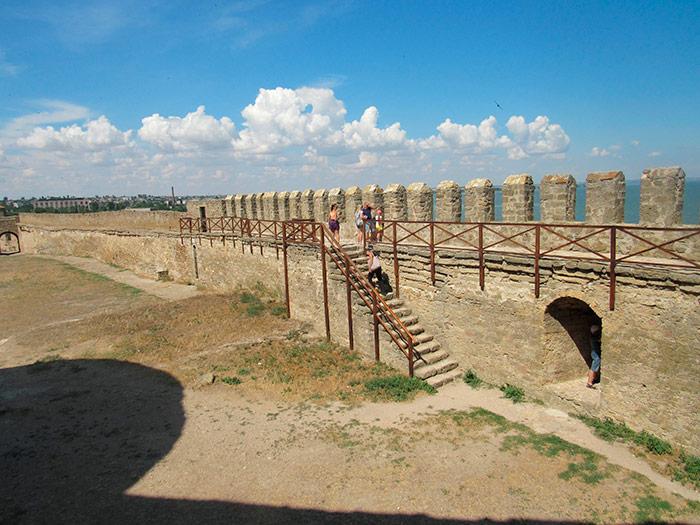 Стіна фортеці з боку Дністровського лиману