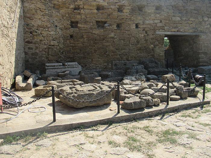 Знайдені елементи з розкопок міста Тіра