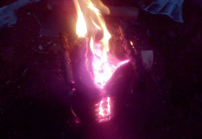 Свічка майже прогоріла