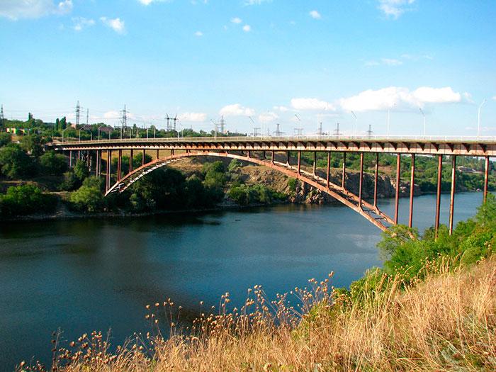 Арковий міст на Хортицю