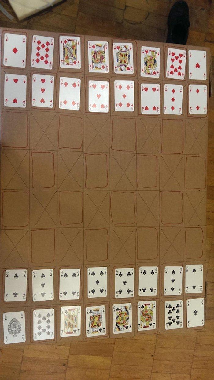 Граємо в шахи картами