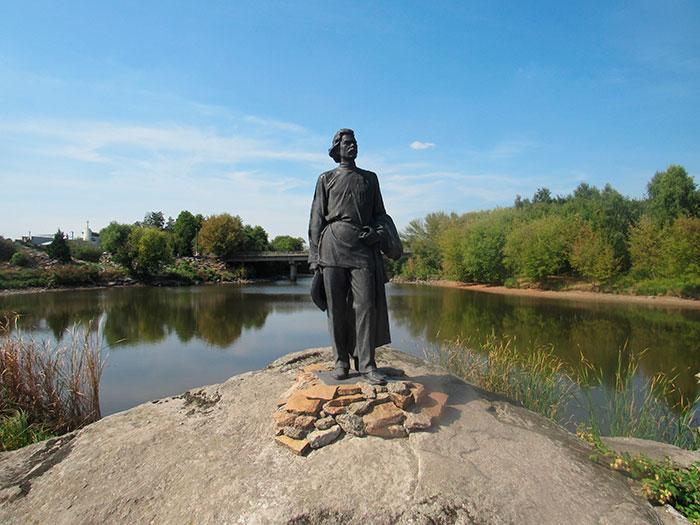Пам'ятник Максиму Горькому
