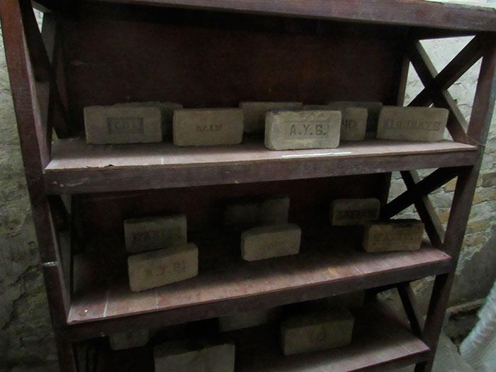 Виставка старовинної луцької цегли