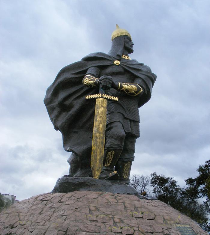 Пам'ятник князю Малу