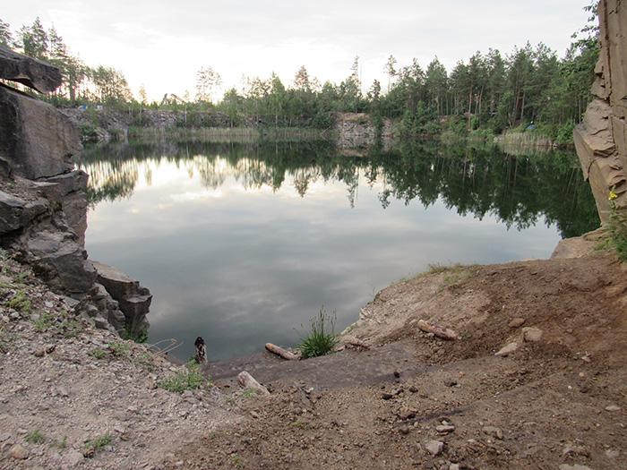 Спуск до озера