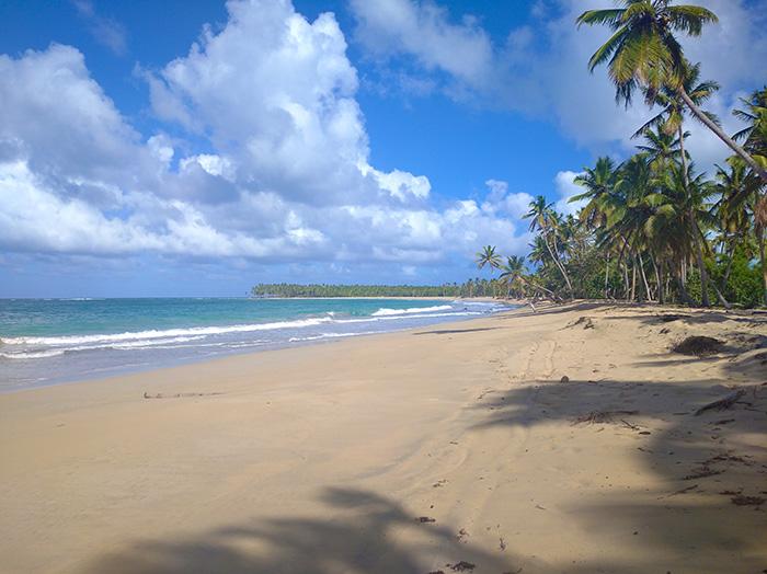 Пляж Лімон без людей