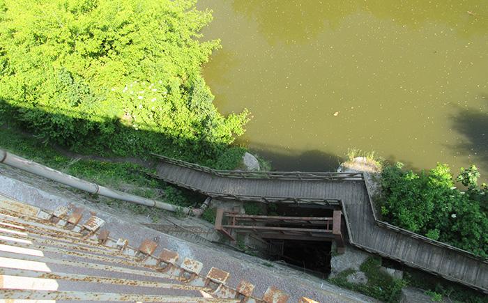 Шлюз під Замковим мостом