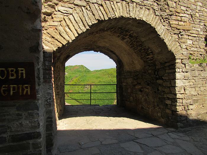 Товщина стін на прикладі отвору