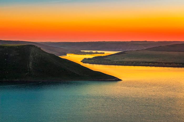 Захід сонця в Бакоті