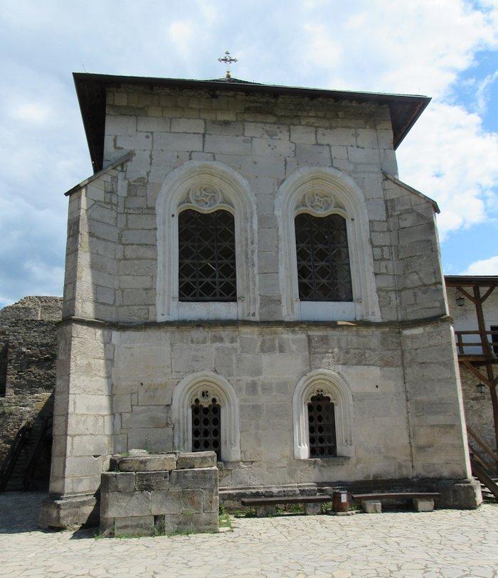 Замкова церква